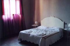 casa_per_ferie_cortona_camera_matrimoniale