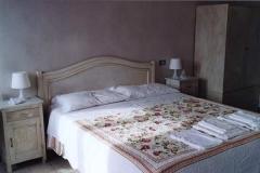 casa_per_ferie_cortona_camera_matrimoniale_letto